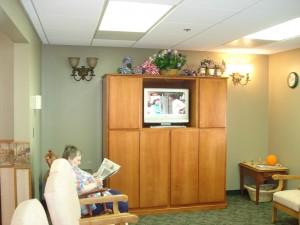 Gardens Alzheimer's & Demenita Care Nebraska - Television Room
